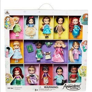 2019 Disney Animators Collection Mini Doll Set